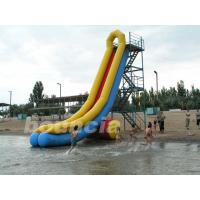 China Durable PVC Tarpaulin Long Inflatable Water Slide For Seaside on sale