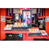 Wholesale High Performance Interactive Showcase For Shoes / Bags Store 500 Cd/M2 Display Brightness from china suppliers