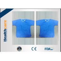 China Sterile Spunlace Disposable Light Blue Hospital ScrubsWith Round Neck Waterproof on sale