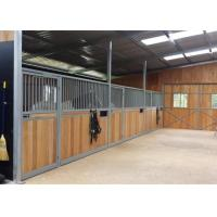 China Q235 Low Carbon Steel Wire Horse Stable Partitions With Sliding Door For Equestrian Barns on sale